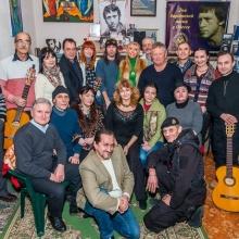 С участниками бардовской песни посвящённой 80-летию В.С.Высоцкого