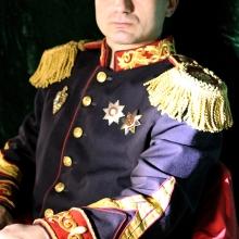 В образе английского адмирала.  (фотограф Сергей Туфекчи)